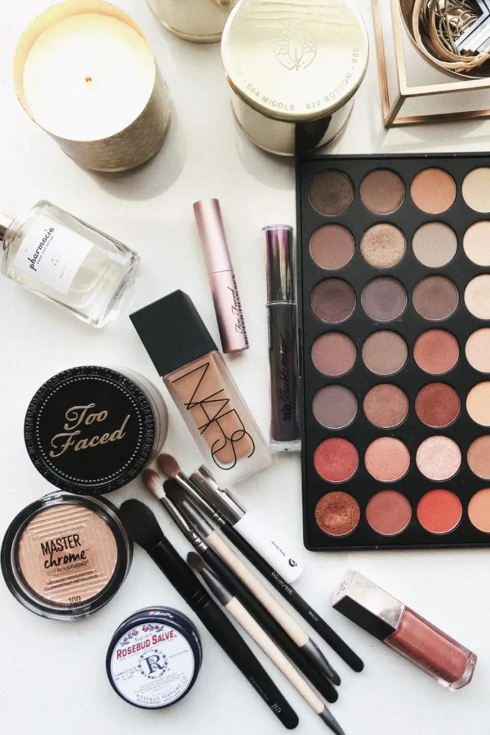 holiday makeup featured image